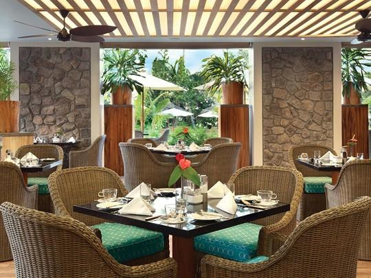 Le restaurant principal Café Lazare du Kempinski aux Seychelles