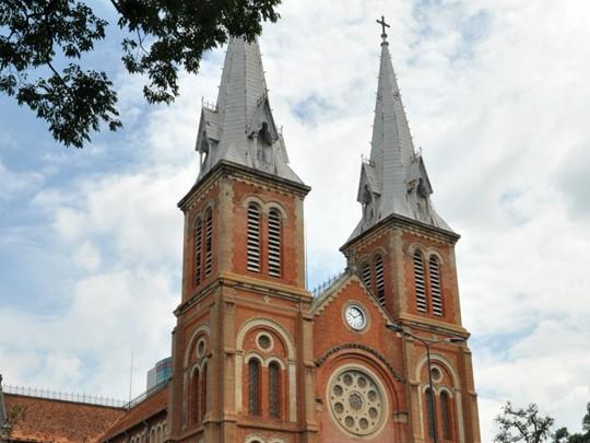 La cathédrale Notre-Dame à Saigon