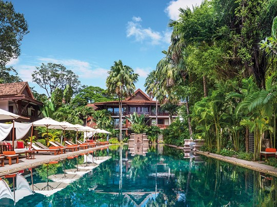 La splendide piscine du Belmond La Résidence d'Angkor