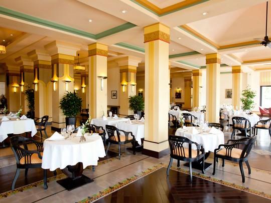 Le restaurant de l'hôtel La Résidence au Vietnam