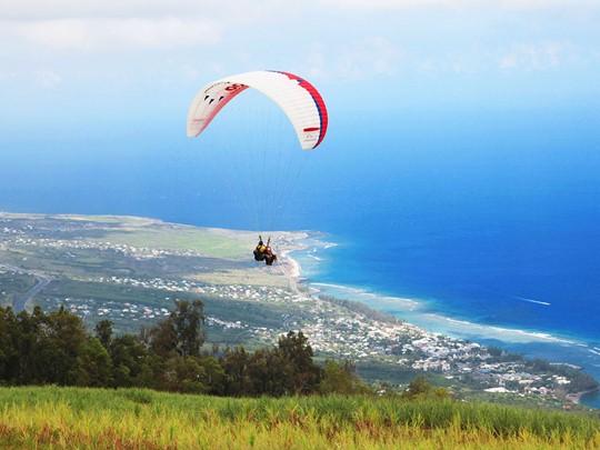 La Réunion vue du ciel en parapente
