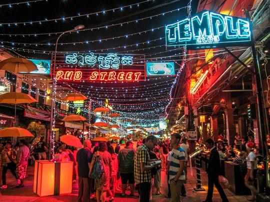 L'atmosphère animée du Pub Street de Siem Reap