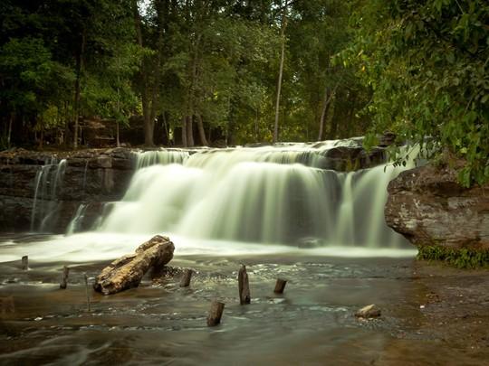 La fameuse cascade du parc de Phnom Koulen à Siem Reap