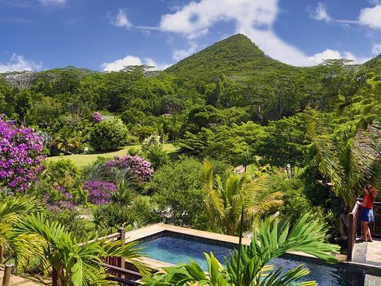 Le superbe jardin de l'hôtel