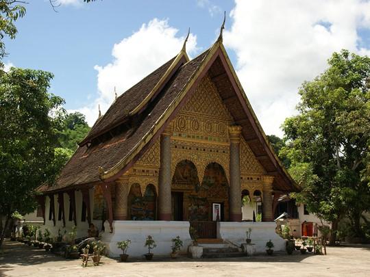Visite du Wat Sieng Mouane situé à Luang Prabang