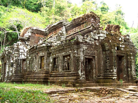 Visite du site du Wat Phou situé à Champassak