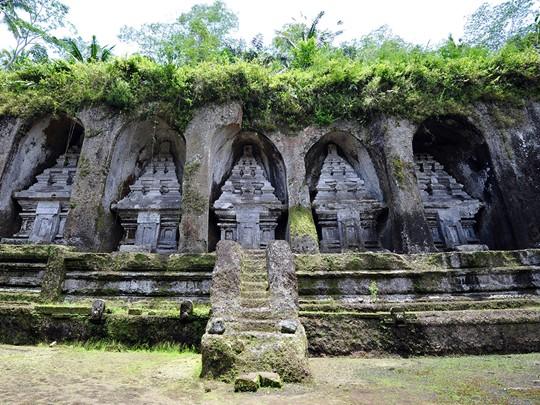 Visite du temple de Gunung Kawi qui figure parmi les sites archéologiques les plus anciens et les plus remarquables de Bali