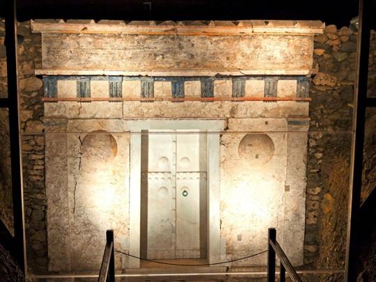 La sépulture de Philippe II sur le site de Vergina