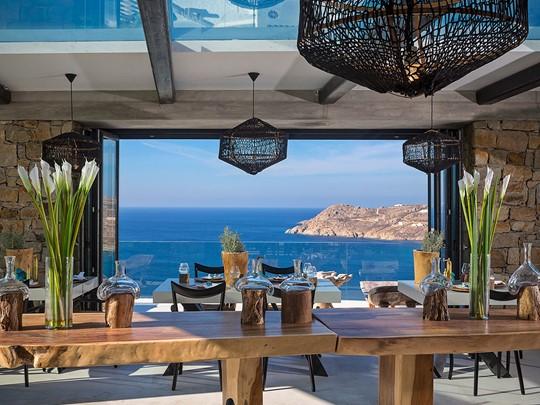 Le restaurant Pavillon du Myconian Utopia