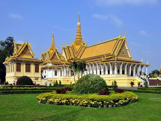 Visite du Palais Royal de Phnom Penh