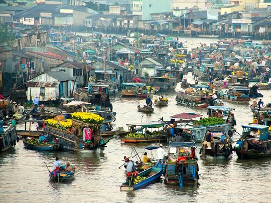 Le fameux marché flottant de Cai Rang au Vietnam