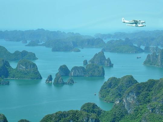 Contemplez la Baie d'Halong