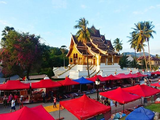 Découvrez la vie culturelle de Luang Prabang