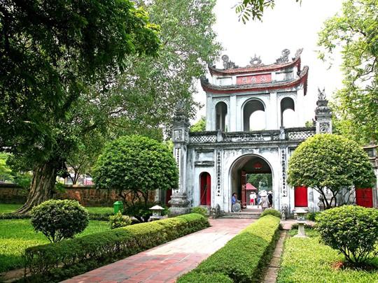Le temple Van Mieu, connu pour être la première université du pays