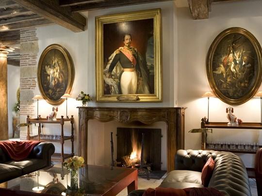Le Loulou's Lounge Bar met à votre disposition trois somptueux salons