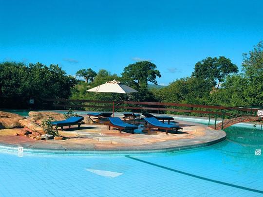 La piscine du Tarangire Sopa Lodge