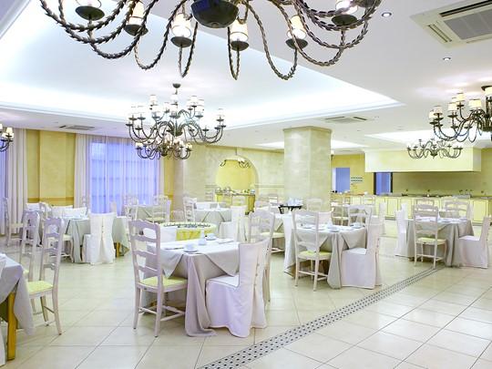 Le restaurant Almante's du Lindian Village en Grèce
