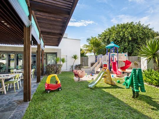 Activités ludiques et créatives au kids club