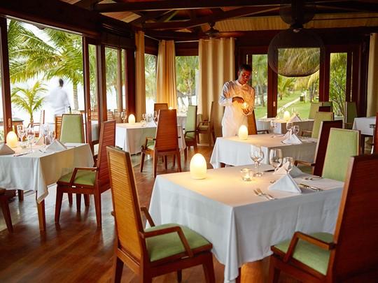 Cuisine thaïe raffinée au restaurant The East