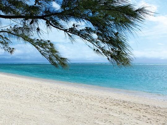 La plage de la Saline-Les-Bains