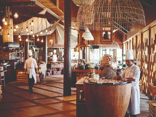 Voyage culinaire en Asie du Sud-Est au restaurant East Market
