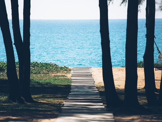 La plage de Mai Khao