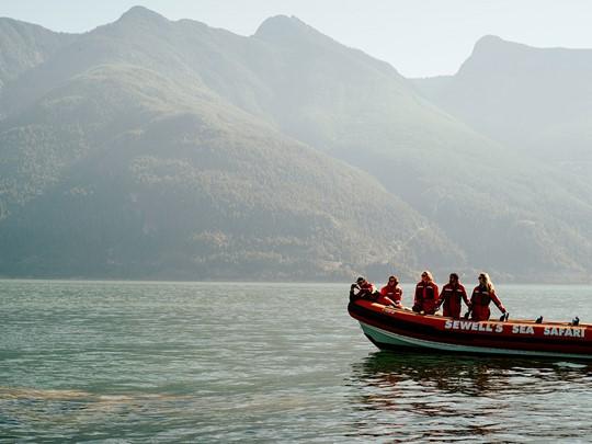 Le fjord du Saguenay qui relie majestueusement le lac Saint-Jean au fleuve Saint-Laurent