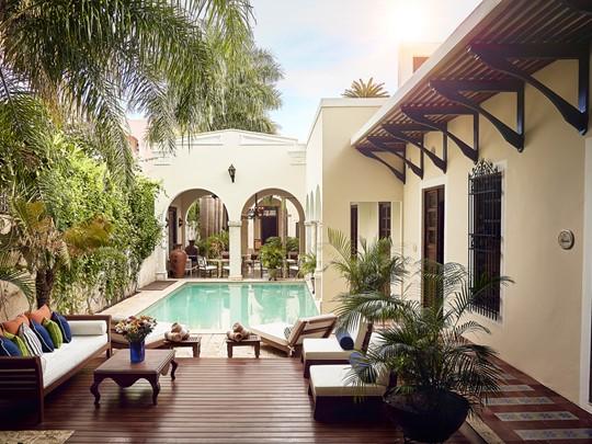 La piscine du Casa Lecanda