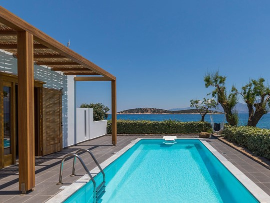 La piscine de la One Bedroom Villa With Private Pool
