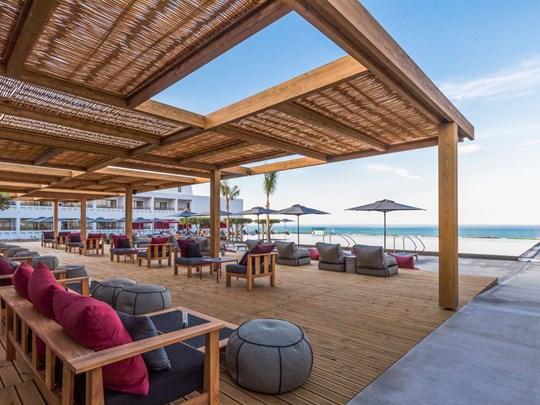 Le Bacchus Lounge Bar