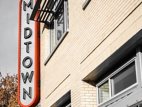 Midtown, ce sont d'abord des bâtiments si hauts que l'on n'en voit pas le bout