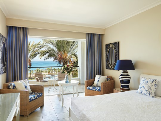 Superior Sea View Guestroom de l'Olympia Riviera Thalasso