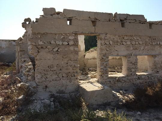 Prenez le temps de visiter le village abandonné d'Al Hamra