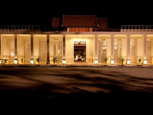 Façade de l'hôtel PadiVilla Resort & Spa