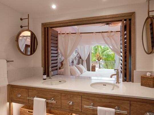 La Salle de bain de la Deluxe Premium Room