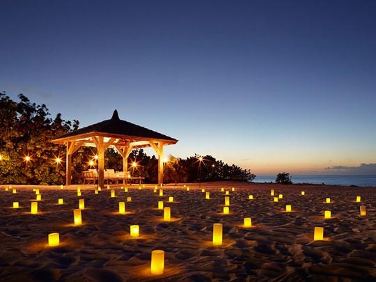 Dîner romantique sur la plage