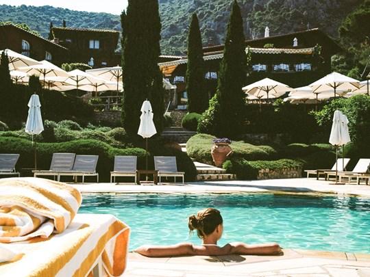 Farniente dans la piscine du Pellicano