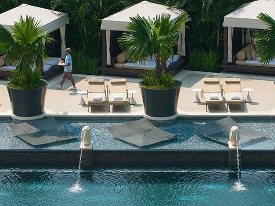 Mandarin Oriental Singapour, La piscine de l'hôtel