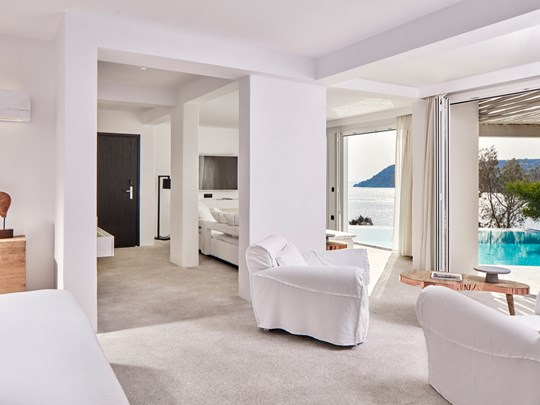 Grand Executive Sea View Suite with Private Pool