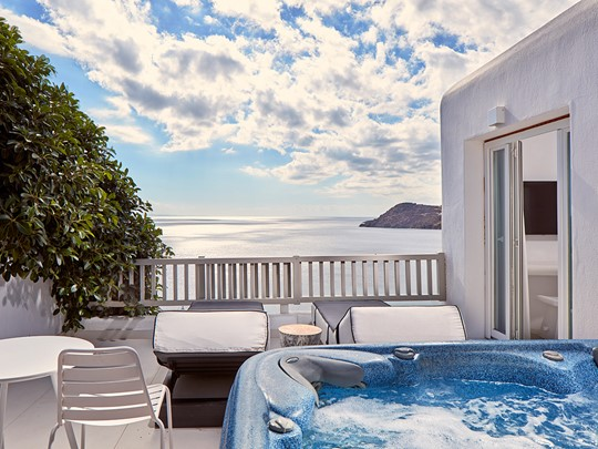 Superior Sea View Room with Outdoor Jacuzzi®