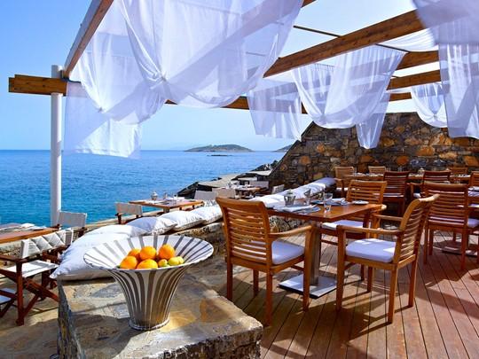 Blue Bay Restaurant du St. Nicolas Bay à Crète