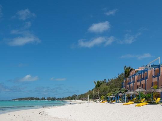 La plage immaculée de l'hôtel SALT of Palmar