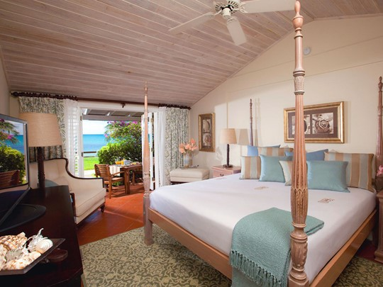 Beachfront Luxury Walkout Club Level Room du Sandals Halcyon Beach
