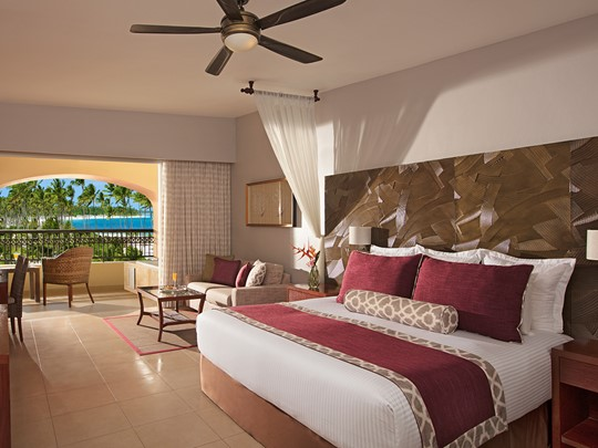 Preferred Club Junior Suite Partial Ocean View