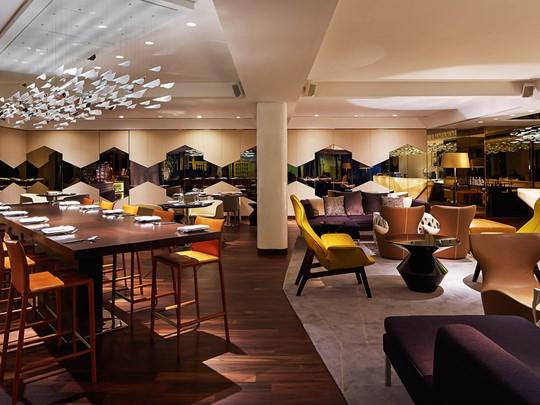 Bar & restaurant de l'hôtel Naumi