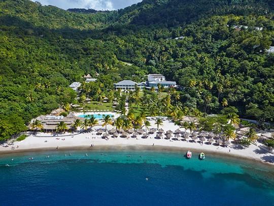 Vue de l'hôtel Sugar Beach bordant la mer des Caraïbes