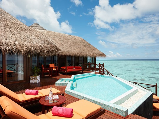 La piscine privée de la Grand Reef Suite