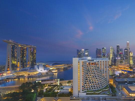 Profitez de la vue sur Marina Bay depuis le Mandarin Oriental