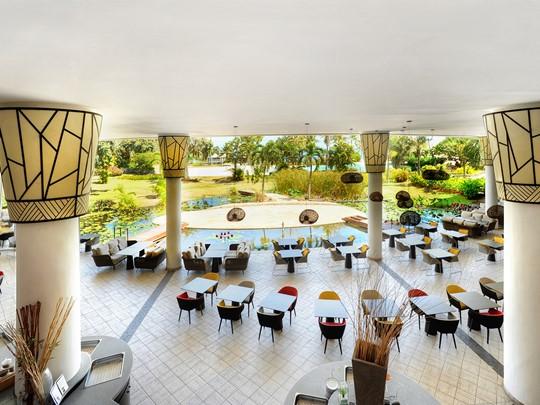 Le restaurant La Plantation de l'hôtel  Tahiti Ia Ora Beach Resort