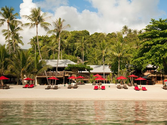 Hôtel Anantara Rosananda, la plage et ses transats